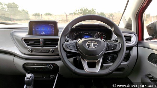 Tata Altroz Turbo Spied: Tata Altrose turbo-petrol variant spotted testing