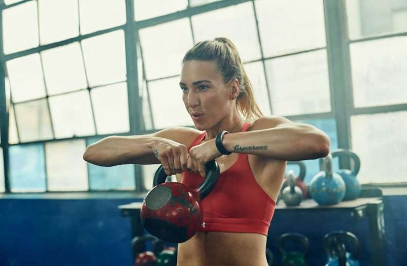 Celeb Fitness - WWE DIVA Charlotte looks after her fitness