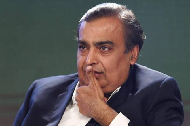 Mukesh Ambani out of the list of top 10 billionaires at the end of the year, RIL has weakened by 19% to a record high