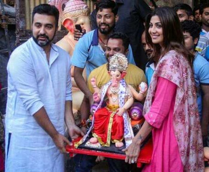Shilpa Shetty welcomes Ganpati with daughter in a different way