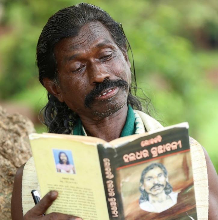 Meet Padmashree Haldhar Nag, many students have studied PhD only on this person till third grade