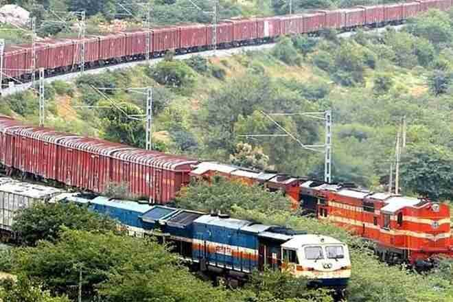 Railways announce increase in frequency of Devlali-Muzaffarpur Kisan Rail to tri-weekly due to overwhelming demand;Link Kisan Rail from Sangola-Manmad-Daund also to run tri-weekly