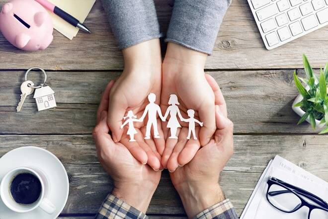 Life Insurance: Taking term life insurance for the first time, keep these 5 things in mind