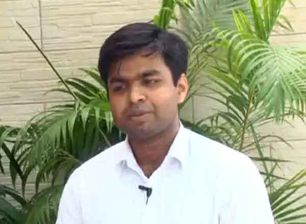 Success Story of IAS Officer Himanshu Joshi