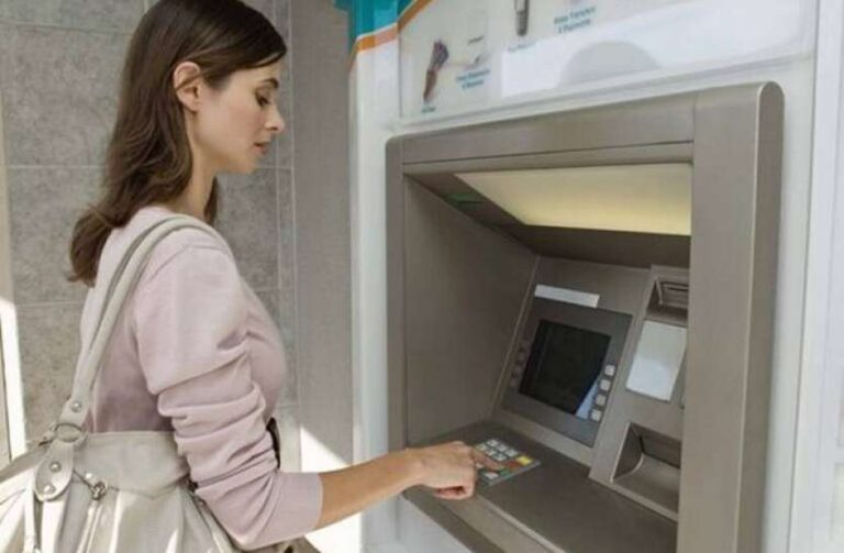 The rules of ATM Cash Transaction can be big change after 8 years, RBI may take a big blow