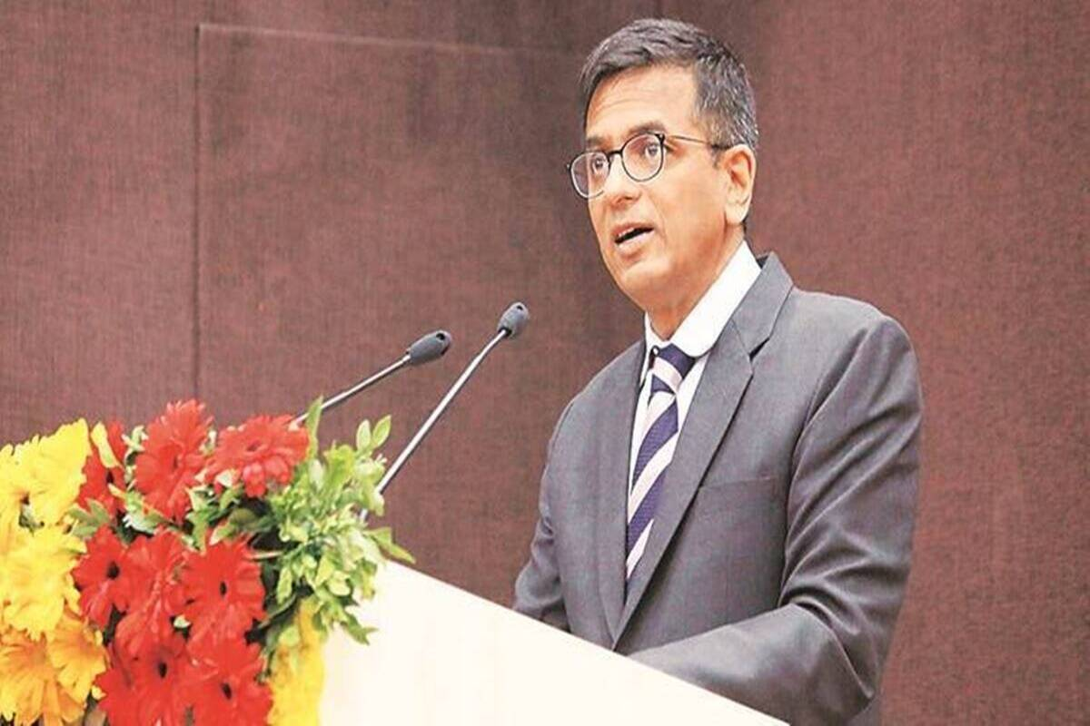 Justice Chandrachud tests covid-19 positive hearing on corona pandemic deferred
