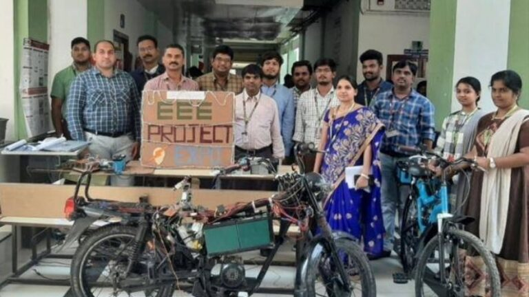College students made electric bike with wireless charging, gives a range of 100 km