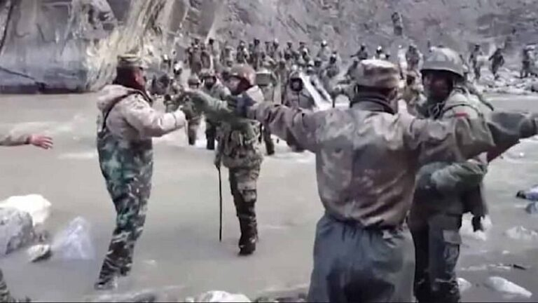 Galwan Valley Clash: Chinese soldiers had crossed the border and attacked Indian soldiers, evidence seen in the video