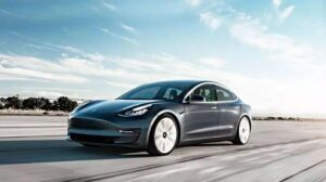 Before selling the car in India, Tesla made this big request to the government, know what is the whole matter