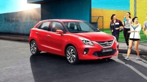 Buy these 3 luxurious cars of Toyota and get a discount of Rs 65000, know how to take advantage of this offer
