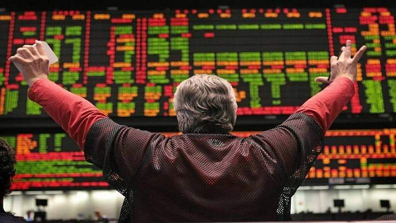 Foreign investors also follow this king of the stock market, where the stakes are played, there has been an outpouring of investment