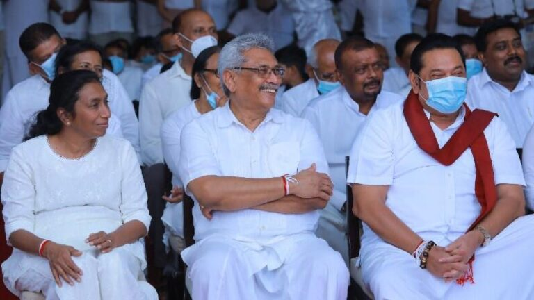 From President, Prime Minister to Minister, all the brothers, 7 members of the same family in the government, know the story of Rajapaksa family