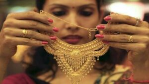 Gold rate today: As the danger of corona increased, gold and silver returned, today gold became expensive by Rs 169 and silver by Rs 396