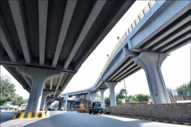 GR Infraprojects shares list with massive premium of 105 percent