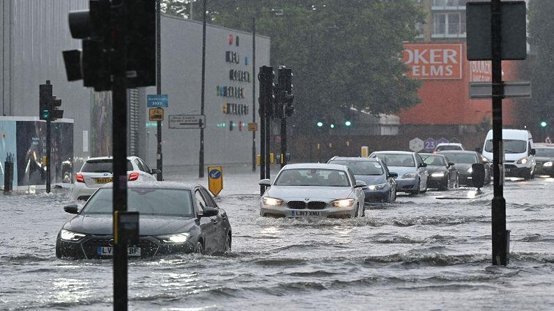 London Floods: London submerged after stormy rain, submerged roads and underground stations closed