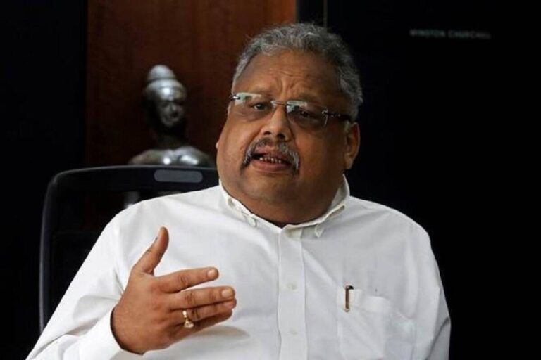 Rakesh Jhunjhunwala birthday today Rs 5000 investment to now Rs 34000 crORE journey from bear to big bull