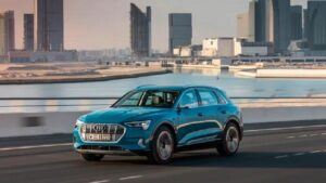 Run two luxurious electric cars of Audi for 3 years after buying and then sell to the company, will be launched on July 22
