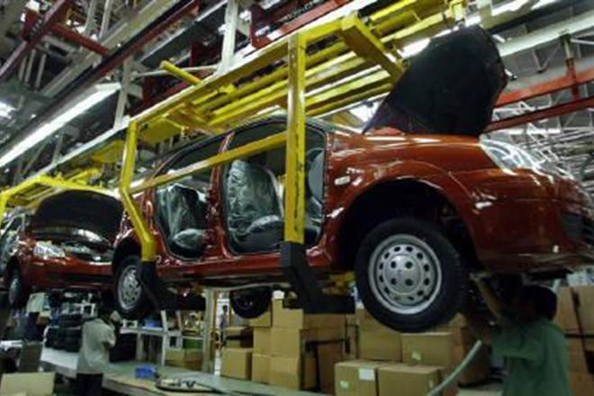 Tata Motors Q1 Results: Tata Motors reduced losses with increase in revenue, investor confidence in stocks remained intact