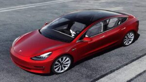 Tesla resumes Model S deliveries after a week, the company did not explain the reason for this long hold