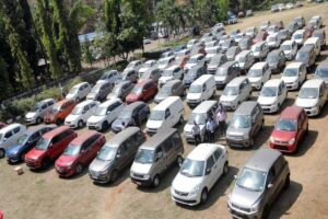 CarTrade Tech shares list at loss give up Rs 1600 level at debut, trade at discount to IPO price