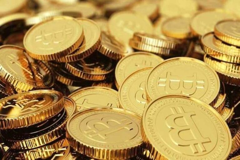 Crypto Currencies Craze: The magic of cryptocurrencies is going on in India, in terms of adoption of Decentralized finance, at number six