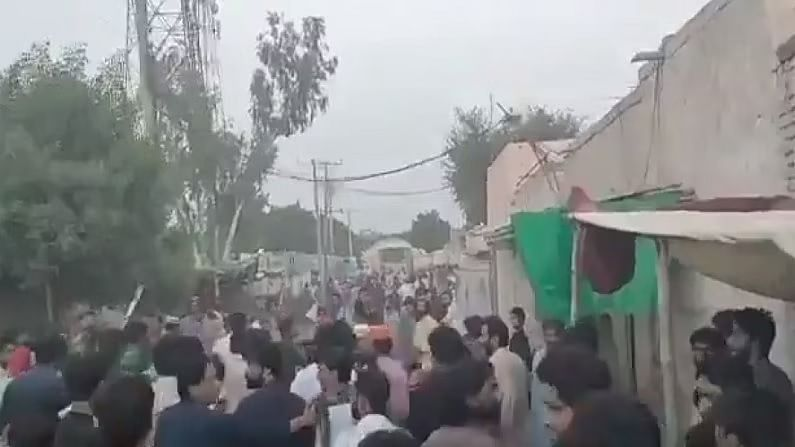 Hindu temple vandalised: Pakistani Supreme Court 'reprimanded' the Imran government, said- immediately arrest the accused involved in the temple attack