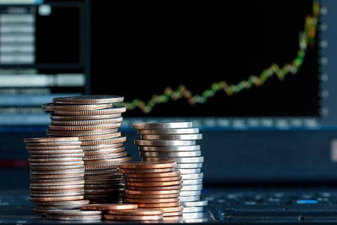 IT Shares shining: TCS, Infosys and HCL shares top 52 weeks, is this the right time to book profits?