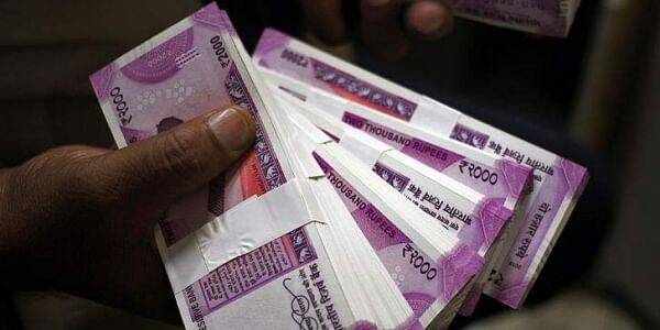 Investment Tips: If banks are troubled by the low interest of FD, then senior citizens should invest money here, full guarantee of security and inflation will also be defeated.