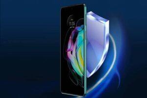 Motorola Edge 20 and Motorola Edge 20 Fusion launched in india know price specifications camera features