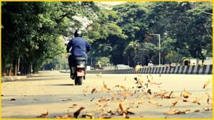 Ola is all set to launch the electric scooter on 15th August 2021.  The company has already revealed 10 new colors of the Ola e-scooter.  This e-scooter is being booked from more than 1,000 cities, towns.  From the very first day of launch, these scooters will be delivered and serviced across the country.