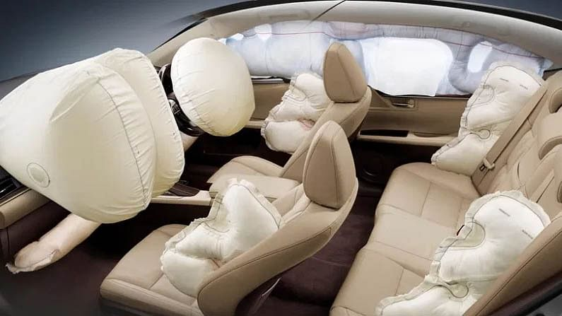 Standard cars must have 6 airbags for passenger safety, Nitin Gadkari appeals to manufacturers