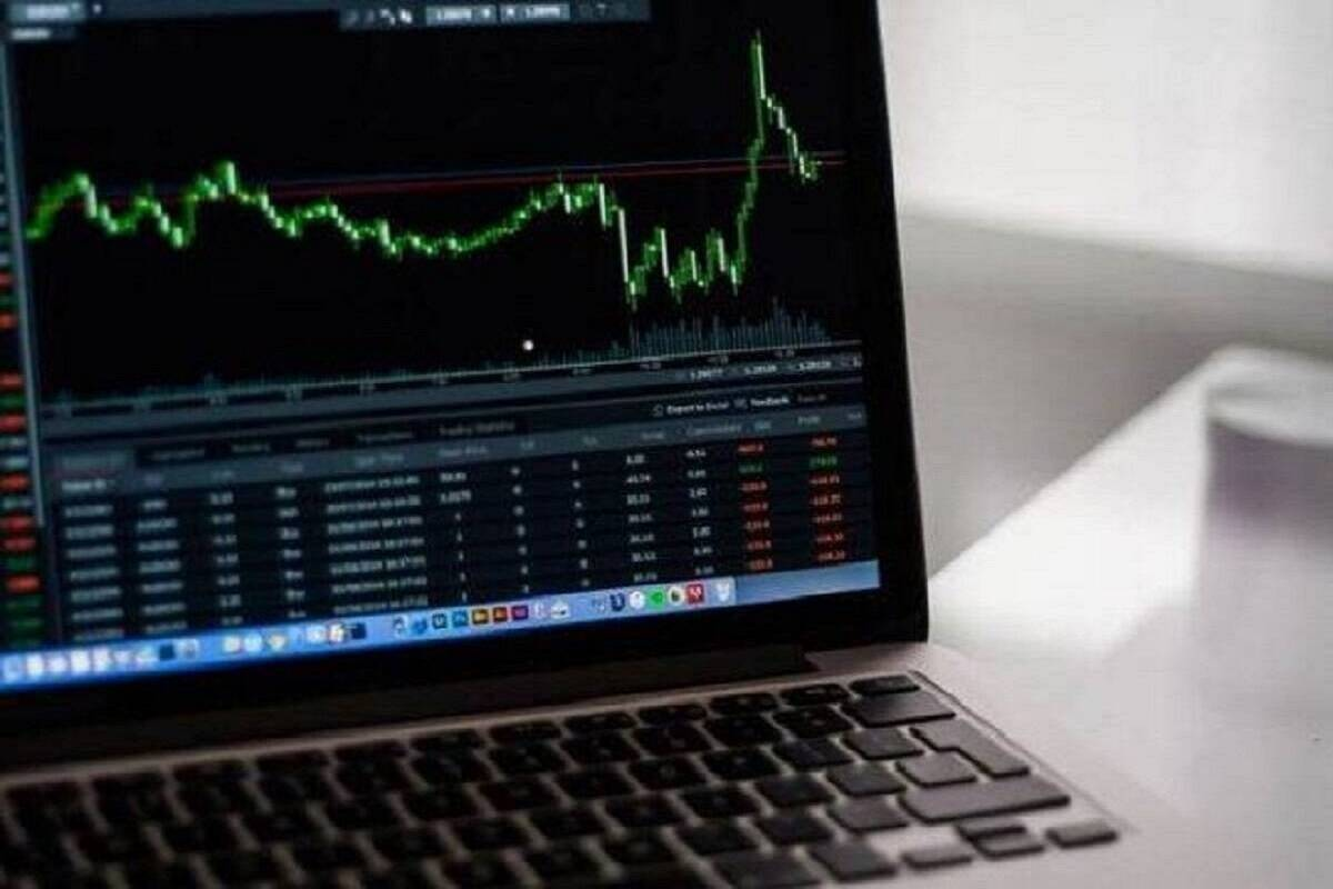 Buy these two stocks for near-term gains Expect upside bounce in Nifty target at 16900