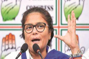congress national women president sushmita dev resigns letter sent to parti head sonia gandhi kapil sibal karti chidambaram tweets