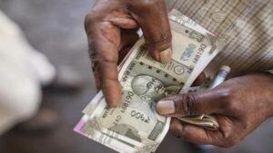 This bank is giving more than 7 percent interest on 3-year fixed deposit, there is a chance till August 16