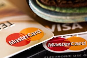 5 things to keep in mind before closing a credit card