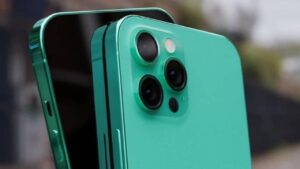 iPhone 13 satellite calling feature will not work in India, know its details