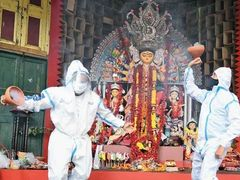 Durga Puja Covid Guidelines: Ban on cultural programs in Bengal, big, open pandals to avoid crowds