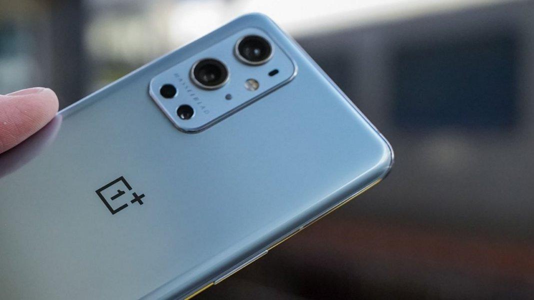 स्मार्टफोन में चाहते हैं जबरदस्त कैमरा तो घर लाएं साल 2021 के ये टॉप कैमरा फोन, फोटो में दिखेगी धांसू क्वालिटी