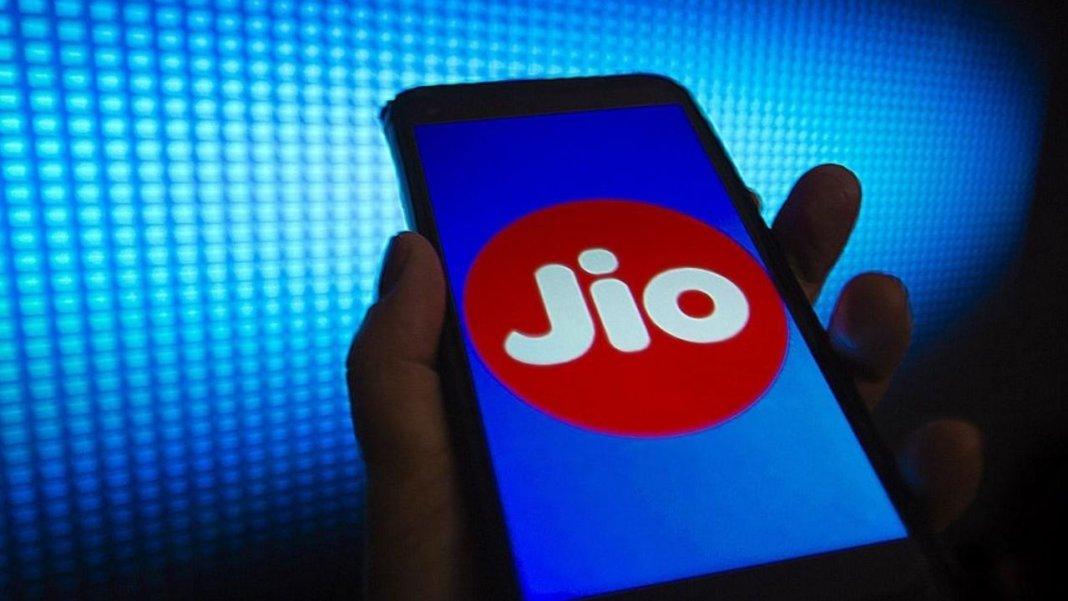 Twitter पर ट्रेंड हुआ Jio, यूजर्स को कनेक्टिविटी में आ रही है दिक्कत, डाउनडिटेक्टर से की शिकायत