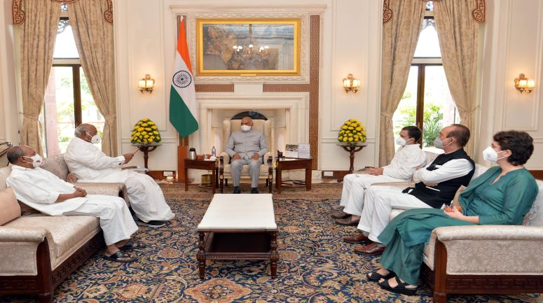 Lakhimpur Violence: Rahul Gandhi meets President and demands dismissal of Minister Ajay Mishra