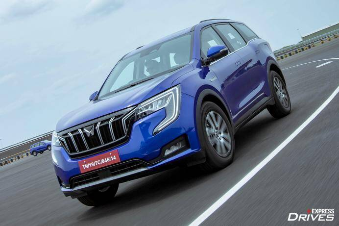 Mahindra XUV700 has received its first 25,000 bookings in just 57 minutes.