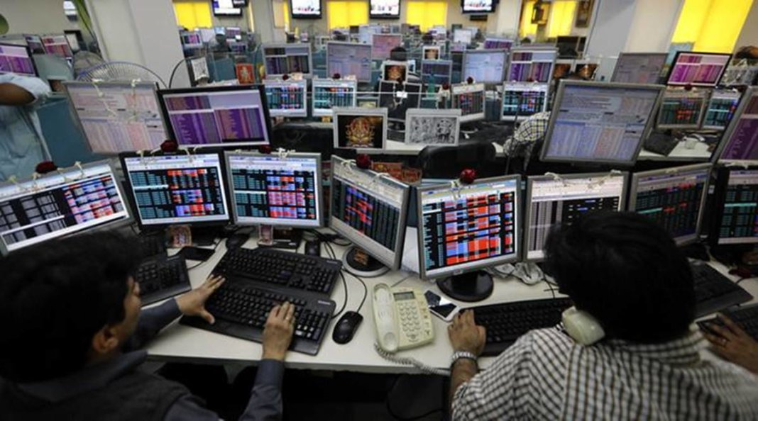 Stock Tips: Nifty-50, ready to touch the level of 18250-18300, investing money in these two stocks can be a profitable deal