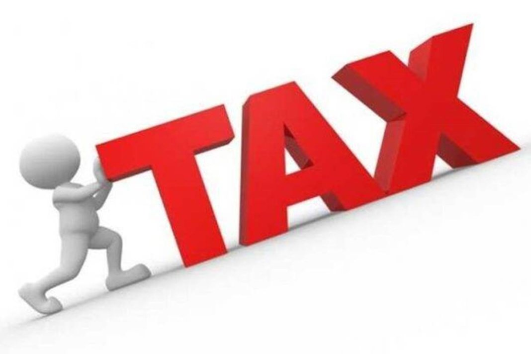 Salaried or earning from business and profession Not everyone can change Income Tax regimes every year