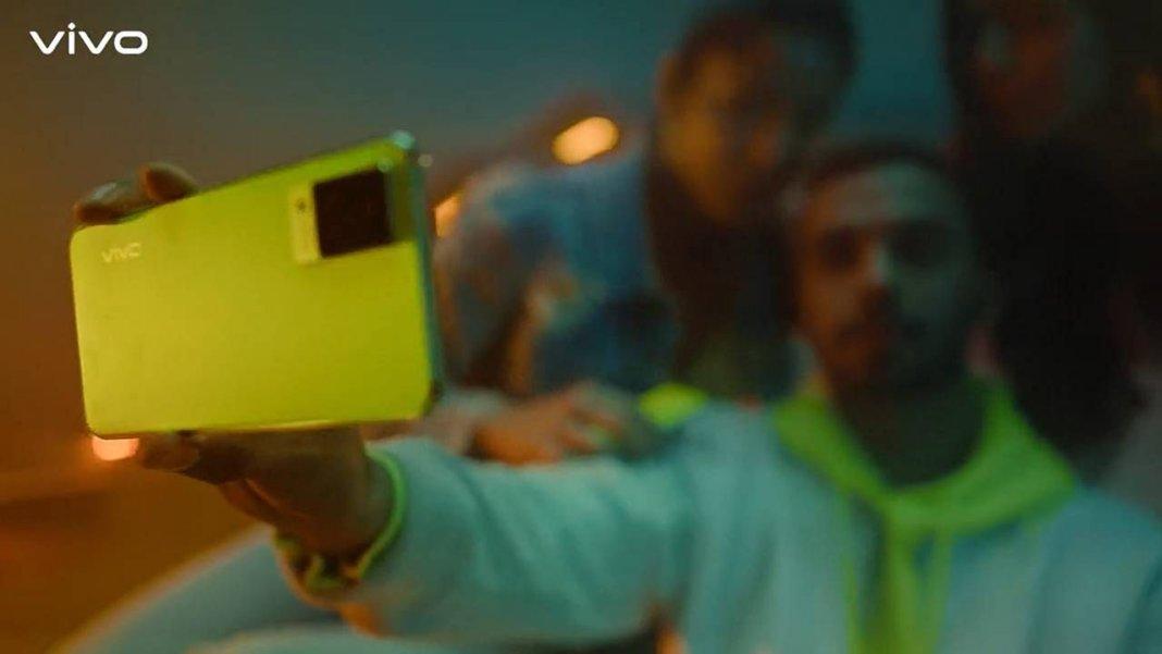 5G सेगमेंट में धमाका करने आ रहा है Vivo का नया 5G फोन, इसमें 44MP सेल्फी कैमरा
